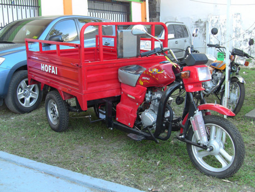 The flatbed motorbike I hitchhiked for 6 hours.